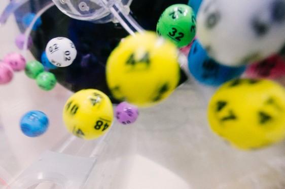 ¿Te ha tocado la lotería de Navidad? ¿Sabes cuánto se llevará Hacienda?